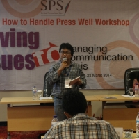 "Thumbnail for ""Workshop How to Handle Press Well Malang 2014"""